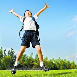 男孩進入青春期爸爸應該怎樣做?爸爸怎樣幫助孩子度過青春期!