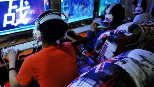 国家将禁止未成年人0到8点间打网游,对此你怎么看呢?