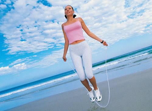 中考体育的一分钟跳绳要如何提高分数呢?平时要怎么样练习?