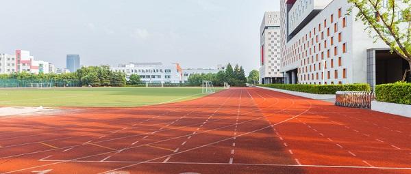 海南中考体育800米要怎么坚持呢?平时要如何锻炼呢?
