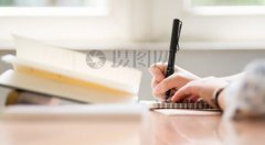 小学生写作业总是磨磨蹭蹭,原因是什么?