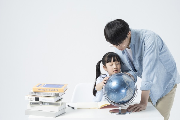 为什么辅导孩子写作业的时候总是生气发脾气?该如何正确辅导孩子呢?