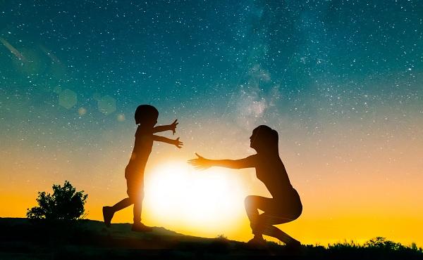 家长们严格要求孩子会对孩子造成哪些不良影响?