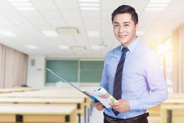 大家对教师的工资是否满意?如今教师的平均工资合适吗?