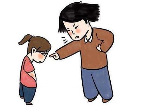中学班主任体罚学生用小棍抽打,对此你怎么看呢?