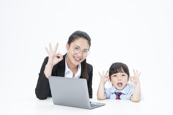 孩子做家庭作业的时候总是拖拉不能按时完成,家长可以做什么?