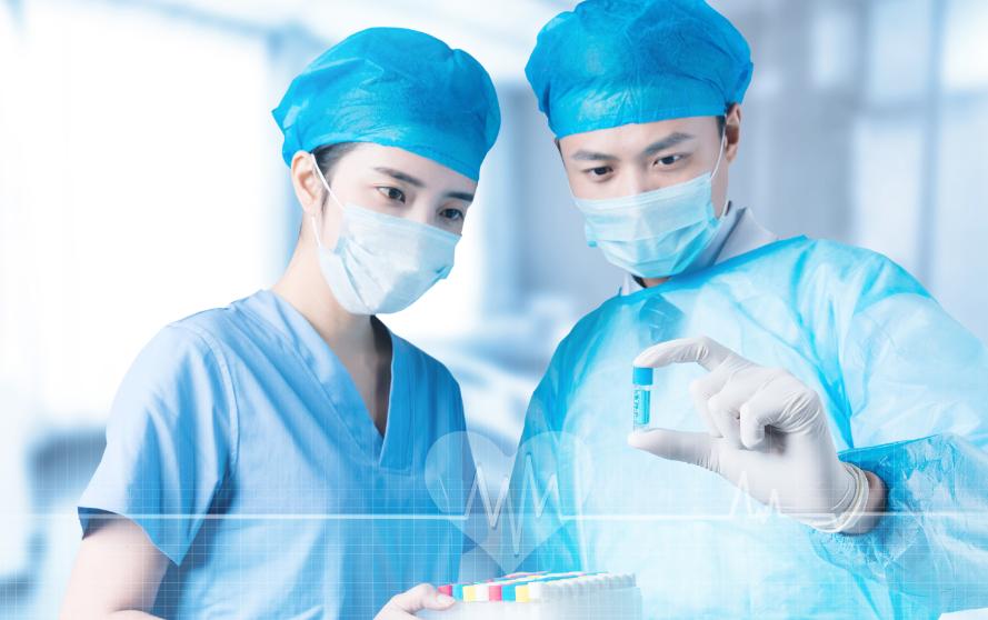 临床医学专业和临床药学专业那个更好?各自的职业发展前景如何?