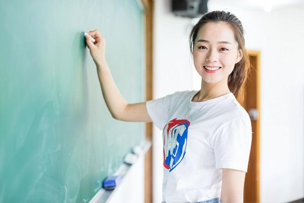 孩子学习底子差,尽管自身很努力但成绩提高甚微该怎么办?