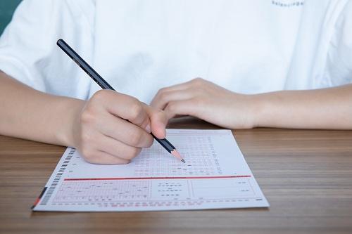 初中語文如何提升?中考語文一對一輔導是怎么收費的?